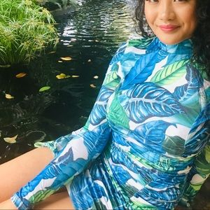Ruched Tropical fitted dress